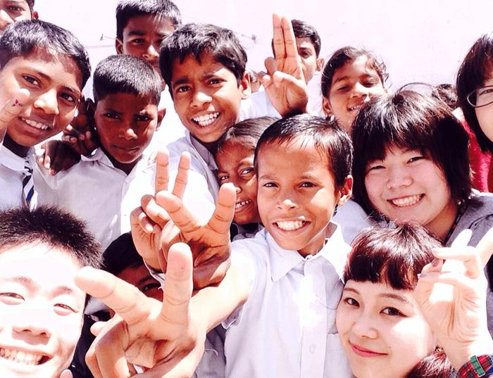 教育支援をするNGOの子どもたち