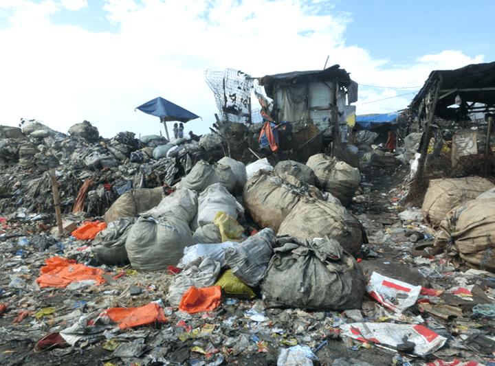 ゴミの山、スモーキーマウンテン