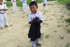 子ども達に服を寄付