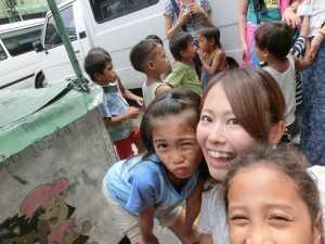 子どもたちとぼらぷら参加会員さん@フィリピン