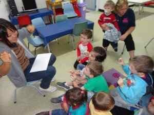 幼稚園での活動風景