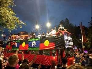 「Mardi Gras」パレード