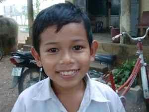カンボジアの将来を担う子ども