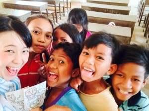 ゆりさんと子どもたち@カンボジアスタディツアー(海外ボランティア)
